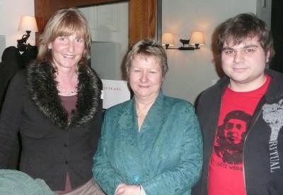 Silvia Löhrmann (Mitte) mit Barbara Köß und Alexander Ringbeck auf dem Neujahrsempfang 2012