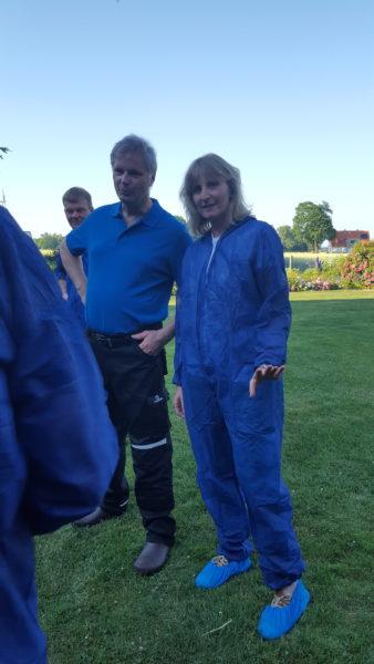 Landwirt Robert Nattebrede im Gespräch mit Barbara Köß (Fraktionsvorsitzende Bündnis 90 / Die Grünen Oelde)