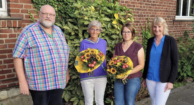 Foto: Verabschiedung der ehemaligen Ratsmitglieder, v.l. Ludger Wiesch, Marita Brormann, Lena Stepien, Barbara Köß